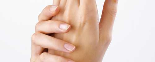 Tratamiento con Ácido Hialurónico en Manos en Barcelona y Badalona